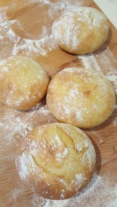 Le Dolci Pagnotte – Life is sweet Focaccia Pizza, Cooking Bread, Bread Rolls, Vegan Baking, Daily Bread, My Favorite Food, Italian Recipes, Bread Recipes, Bakery