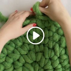 Create fun, quick How-To videos to share with friends. Darby Smart is the most p… Create fun, quick How-To videos to share with friends. Darby Smart is the most popular video community for beauty, food, DIY and slime enthusiasts – join today! Finger Crochet, Finger Knitting, Knitting Yarn, Hand Crochet, Diy Crochet Rug, Hand Knit Blanket, Knitted Blankets, Chunky Blanket, Chunky Knit Throw