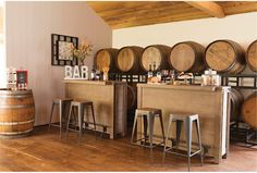 Who doesn't love wine and chocolate but together that's just magic. It will help your wine style kitchen decor. Sitges, Bar Furniture, Painted Furniture, Winery Tasting Room, Wine Tasting, Home Bar Areas, Shabby Chic Kitchen, Kitchen Decor, Wooden Bar