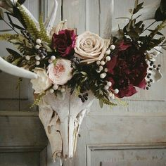 Close up of the preserved floral crown made for this deer skull, which was found in west Texas. Shades of deep raspberry, cream,… Deco Floral, Arte Floral, Steampunk Bedroom, Steampunk Interior, Decoration Vitrine, Antler Art, Antler Crafts, Deco Boheme, Animal Skulls