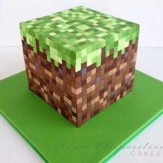 Minecraft cake. Mind blown.