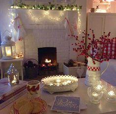 Buona sera… Molti di voi ricorderanno il bellissimo e romanticissimo cottage di Debbie nell'Essex ( qui ) so che vi è piaciuto moltissi...