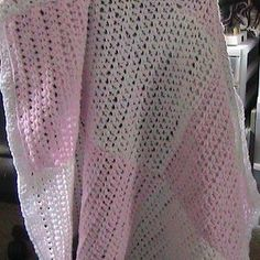 Pretty in Pink Baby Afghan