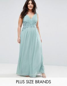 Buy Green Little mistress plus Long dress for woman at best price. Compare Dresses prices from online stores like Asos - Wossel Global Bridesmaid Dresses Plus Size, Evening Dresses Plus Size, Plus Size Dresses, Prom Dresses, Formal Dresses, Midi Dresses, Green Cocktail Dress, Stylish Plus, Mom Dress