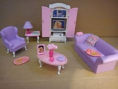 late barbie furniture sets - lol I have this! Considering I have all my old Barbie stuff Dreamhouse Barbie, Barbie Camper, Barbie Sets, Barbie Dolls, Barbie Stuff, Vintage Barbie, Vintage Toys, Barbie Playsets, Barbie Doll Accessories