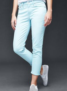 Spring forward with new jeans from the @gap and earn 2.4% CASH BACK at DealAction!