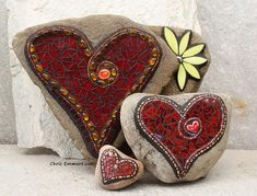 Red Mosaic Hearts - Garden Stones by Chris Emmert, via Flickr