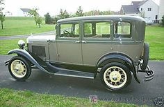 1930 Ford....Looks like Bob's Miss Vicky, but its a 31. Authentic paint color.