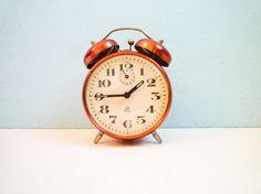 Vintage mechanical alarm clock twin bells red by EuroVintage, €37.00