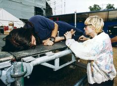 Dave Grohl and Kurt Cobain #Nirvana - June 1992
