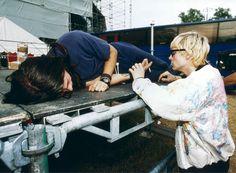 Dave Grohl and Kurt Cobain #Nirvana - June 1992