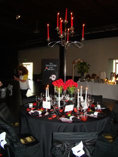 Phantom of the Opera themed tablescape for a costume gala: This was so much fun to assist with and a lot easier than it looks.