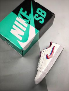 f0988131 Nike Sb, Cleats, Sneakers Nike, Blazer, Shoes, Football Boots, Nike Tennis, Zapatos, Cleats Shoes