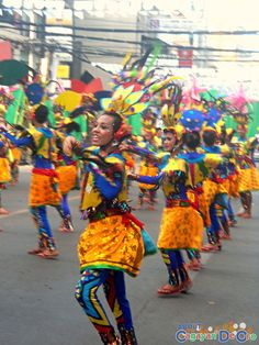 Cagayan de Oro Carnival Parade Clash of Festive Acts and Carnival Queens National High School, Harajuku, Festive, Queens, Acting, Carnival, Activities, Cagayan De Oro, Carnavals