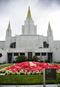 LDS Temple, Oakland, CA.I want to go see this place one day. Please check out my website Thanks.  www.photopix.co.nz