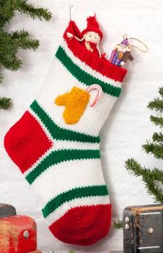 Knitted Christmas Stocking Patterns For Beginning : Knitted Christmas Stocking Patterns Knit Christmas ...