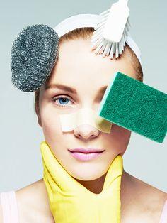 Wir zeigen dir in 5 Schritten, wie du deine Haut richtig reinigen musst, um eine frühlingsfrische Haut zu bekommen.