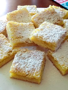 These Super Easy Lemon Bars have a serious lemon hint. Perfect with a cup of coffee or tea, this recipe is suitable for any ocassion. Lemon Bars Healthy, Best Lemon Bars, Lemon Dessert Recipes, Lemon Recipes, Easy Recipes, Lemon Blueberry Bars, Lemon And Coconut Cake, Recipetin Eats, Dessert Bars