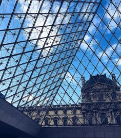Always look up  ... There's a new #PFW post live on the blog currently what I would do to be back here now  #LookUp #Paris #pfw #MuseeDuLouvre by lucyflorals