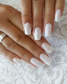 Wedding Nails: Beautiful and Elegant Nail Designs - Perfect combo Manicures & Engagement rings - perfect combo - Nageldesign Elegant Nail Designs, Elegant Nails, Nail Art Designs, Wedding Day Nails, Wedding Nails Design, Cute Nails, Pretty Nails, My Nails, Sparkle Nails