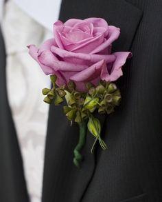 Rose boutonniere idea