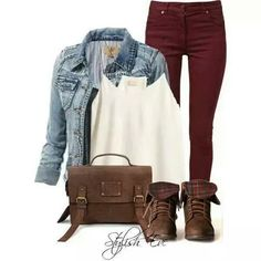 Maroon jeans is trendy this fall pantalones vino, pantalones estampados, ve Burgundy Jeans Outfit, Burgundy Skinny Jeans, Outfit Jeans, Burgundy Leggings, Brown Jeans, Perfect Fall Outfit, Cute Fall Outfits, Fall Winter Outfits, Casual Outfits