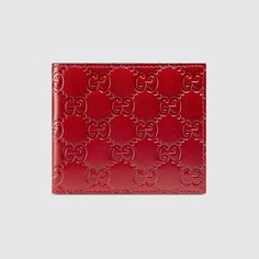 GUCCI Gucci Signature wallet - hibiscus red Gucci signature. #gucci #