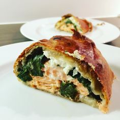 Absolutely freaked out because the plan of a spinach-feta-fish-Strudel worked out so very well even without a recipe.  I used up the last dough from @tantefannyteige and it was delicious.  Just put some salmon trout onto the dough cover it with fresh spinach crumbled feta and diced onion roll it into a Strudel and bake at high temperature for about 20 minutes. For a golden crust cover with eggwash before baking.  | #salmon #salmontrout #fish #strudel #hearty #spinach #feta #brunch #herzhaft…