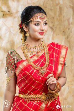 Beautiful Bridal Blouse Designs for South India - Indian Fashion Ideas Beautiful Saree, Beautiful Indian Actress, Beautiful Bride, Beautiful Women, Bridal Looks, Bridal Style, Indian Bridal Fashion, Bridal Blouse Designs, South Indian Bride