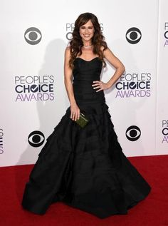 Looks do People's Choice Awards provam que look preto não é sinônimo de básico