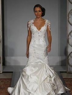 Image from http://www-static.weddingbee.com/wp-content/uploads/2009/11/12/pnina-t01.jpg.