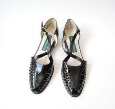 SALE - Vintage Naturalizer Mary Jane Criss Cross Sandals Size 7N
