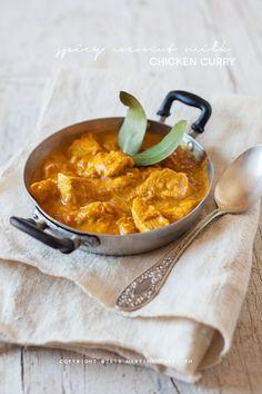 spicy coconut milk chicken curry