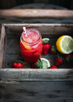 "Beating the heat with ""Dragonfly Summer"" Strawberry Lemonade............ (made with a choice of 2 healthy/tasty sweeteners, and link to my sweeteners to avoid)"