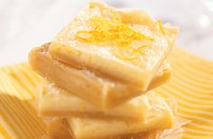 Recipe for Tangy Lemon Squares from the diabetic recipe archive at Diabetic Gourmet Magazine with nutritional info for diabetes meal planning. Diabetic Deserts, Diabetic Recipes, Keto Recipes, Low Sugar Recipes, No Sugar Foods, Healthy Eating Recipes, Cooking Recipes, Lemon Squares Recipe, Diabetes
