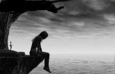 Απελπισία: Το πιο ύπουλο εμπόδιο του διαβόλου Sunset, Water, Outdoor, Blog, Excess Baggage, Words, Charms, Mental Health, Healthy Life