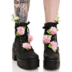 Sugarbaby Grunge Petals Boots (795 SEK) ❤ liked on Polyvore featuring shoes, boots, ankle booties, floral platform booties, platform boots, chunky platform booties, faux-leather boots and faux leather booties