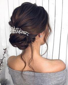 Gorgeous Wedding Hairstyles For the Elegant Bride - Updo Bridal hairstyle Featured Hair Stylish : mpobedinskaya. style ideas Gorgeous Wedding Hairstyles For The Elegant Bride Braided Hairstyles Updo, Down Hairstyles, Prom Hairstyles, Wedding Bride Hairstyles, Hairstyle Ideas, Brunette Wedding Hairstyles, Wedding Hairsyles, Hair Ideas, Hairstyles For Graduation