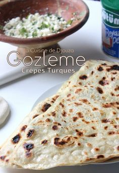 Gözleme, crêpes turques au fromage Gozleme, Turkish Recipes, Ethnic Recipes, Beignets, My Recipes, Feta, Sandwiches, Food And Drink, Yummy Food