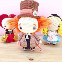 Amigurumi Crochet Mad Hatter Alice in Wonderland Crochet Animal Patterns, Stuffed Animal Patterns, Crochet Patterns Amigurumi, Amigurumi Doll, Crochet Animals, Crochet Dolls, Crochet Disney, Cute Crochet, Crochet Motif