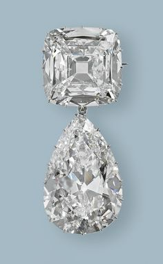 Jewelry Diamond : Image Description Cullinan III and IV Brooch, Carrington & Co. Diamonds: A Jubilee Celebration. The Royal Collection (c) Her Majesty Queen Elizabeth II Via The Jewellery Editor. Royal Jewelry, Diamond Jewelry, Fine Jewelry, Diamond Brooch, Pearl Brooch, Royal Crowns, Tiaras And Crowns, Antique Jewelry, Vintage Jewelry