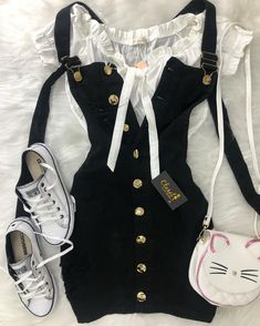 Girly Outfits – Page 1915544520 – Lady Dress Designs Cute Casual Outfits, Girly Outfits, Cute Summer Outfits, Pretty Outfits, Stylish Outfits, Teen Fashion Outfits, Cute Fashion, Look Fashion, Outfits For Teens