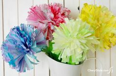 Simple and inexpensive DIYs, printables and creative crafts to brighten the home