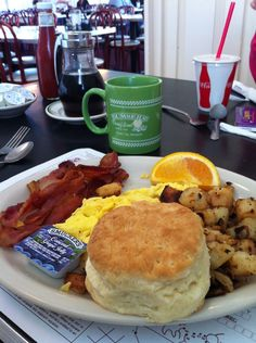 Breakfast at Dumser's in Ocean City is a treat before a day at the beach! #ocmd