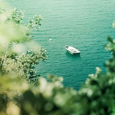 mental vacation by ashleyw Beautiful World, Beautiful Places, Lovely Things, Le Grand Bleu, Adventure Is Out There, Oh The Places You'll Go, Akita, Belle Photo, Pretty Pictures