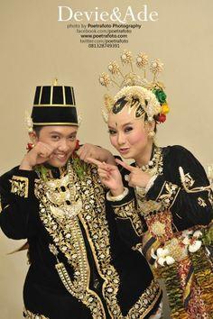 Foto Pernikahan Paes Ageng Wedding Adat Jawa Jogja by Poetrafoto Indonesia, http://wedding.poetrafoto.com/foto-paes-ageng-wedding-adat-jawa-jogja_362