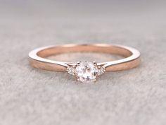 3 stones Morganite Engagement ring Rose gold,Diamond wedding band,14k,5mm Round Cut,Gemstone Promise Bridal Ring,Plain gold matching band ...repinned für Gewinner!  - jetzt gratis Erfolgsratgeber sichern www.ratsucher.de