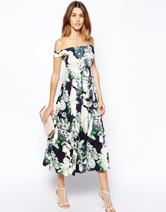 What to wear to a wedding: Off-The-Shoulder Floral Dress #wedding #weddingstyle