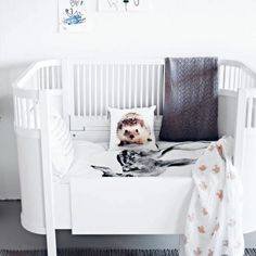 AprilandMay MINI: cushion love