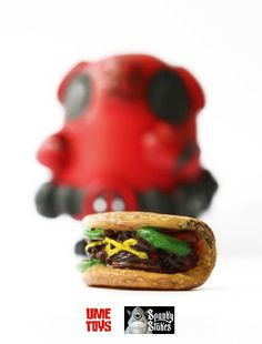 "UME Toys x SpankyStokes - ""Exclusive ""Deadpool"" themed Bagel resin art multiple teaser!!!"